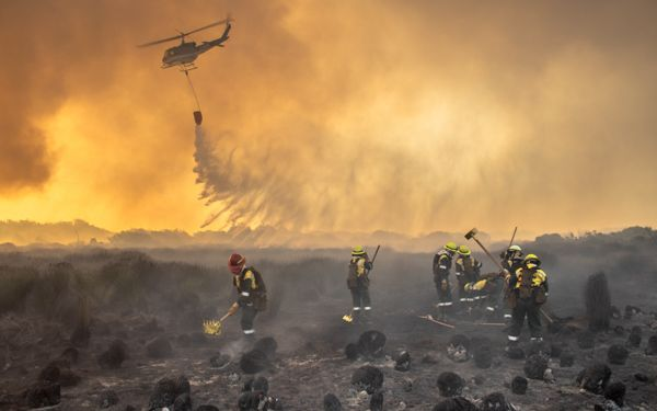 Juliet Crew - Picture Gallery of the All-Woman Wildland Firefighting Project